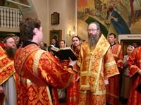 Глава Томской митрополии совершил Божественную литургию в день престольного праздника старинного томского храма