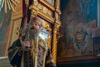 В день престольного праздника Петропавловского собора митрополит Ростислав словами святого Пророка,  Предтечи и Крестителя Господня Иоанна призвал верующих к покаянию