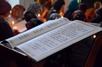 Митрополит Ростислав совершил повечерие с чтением Великого покаянного канона в Александро-Невском храме