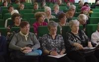 Томские пенсионеры задали вопросы священнику Томской епархии