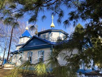 В храме села Моряковский Затон прозвучала проповедь митрополита Ростислава о смирении и покаянии
