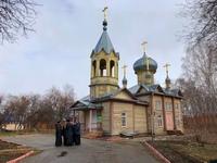 В среду Светлой седмицы митрополит Ростислав возглавил Божественную литургию в храме села Первомайского