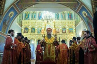 В Воскресенской церкви совершено архиерейское богослужение пасхальным чином