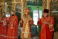 Глава Томской митрополии возглавил пасхальное богослужение в Свято-Троицком храме