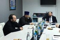 Представитель Томской епархии принял участие в круглом столе на тему духовного развития страны и роли юристов