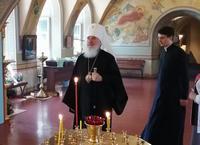 Митрополит Климент посетил Воскресенскую церковь