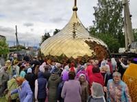 На Покровский храм г. Асино установили главный купол