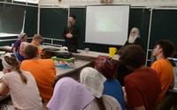 Митрополит Ростислав встретился с ребятами из православного детского лагеря «Скиния» и рассказал им об эпохе ветхозаветного  патриарха Авраама