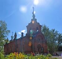 Митрополит Ростислав возглавил богослужение в храме апостолов Петра и Павла на Спичфабрике