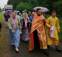 Томичи почтили память святых Царственных страстотерпцев участием в крестном ходе