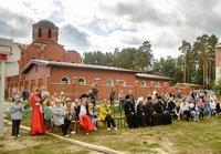 В День знаний Богородичный храм села Тимирязевского торжественно отметил престольный праздник