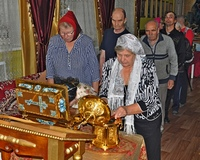 Великим святыням поклонились жители Дома-интерната «Лесная дача»