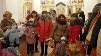Представители Благочиния Томского района помогли сельским многодетным семьям и беременным женщинам