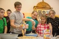 Томские школьники посетили рождественский мастер-класс в Томской духовной семинарии