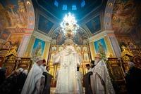 Митрополит Томский и Асиновский Ростислав совершил Литургию в Петропавловском соборе г. Томска