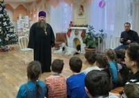Приходы Томской епархии провели святки в делах милосердия