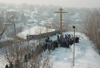 Томичей приглашают на уборку снега у поклонного креста на Каштачной горе