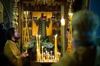 Митрополит Ростислав возглавил всенощное бдение в Богоявленском кафедральном соборе
