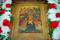 Православная Церковь празднует победу Христа над смертью!