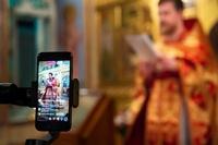 Тысячи томичей приняли участие в пасхальных богослужениях с помощью онлайн-трансляций