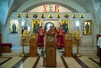 «Быть христианами не только по имени, но и по жизни». Митрополит Ростислав возглавил богослужения в праздник святителя Николая Чудотворца