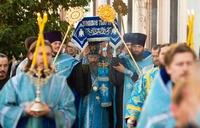 Митрополит Ростислав возглавил чин Погребения Пресвятой Богородицы