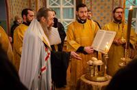 Накануне дня памяти святителя Николая Чудотворца митрополит Ростислав возглавил всенощное бдение