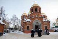 Митрополит Ростислав совершил Литургию в Петропавловском соборе г. Томска