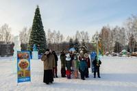 Приход Свято-Троицкой церкви организовал рождественский автопробег