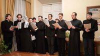 Воспитанники Томской духовной семинарии поздравили митрополита Томского и Асиновского Ростислава с Рождеством Христовым