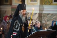 Митрополит Ростислав совершил чтение Великого канона во вторник 1-й седмицы Великого поста в Петропавловском соборе г. Томска