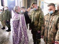 В честь Дня войск национальной гвардии Российской Федерации томские росгвардейцы приняли участие в богослужениях