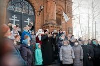 В храмах Томской епархии молитвенно отметили Благовещение Пресвятой Богородицы