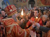 В Светлый понедельник томичи встретят Благодатный Огонь