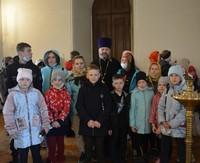 Свято-Никольский приход Зырянского района подарил пасхальную радость детям