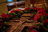 Митрополит Ростислав совершил всенощное бдение с чином Воздвижения Креста Господня