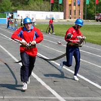 Воспитанники северской воскресной школы выступили на гарнизонных соревнованиях по пожарно-спасательному спорту