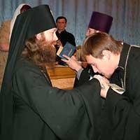5 июля 2004 г. в 15-00 в Актовом зале Томской Духовной Семинарии состоялся торжественный акт по поводу окончания учебного года, очередного выпуска студентов и вручения им дипломов.