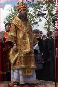 """Архиепископ Ростислав: """"главное — это то, что вера наша через столетия передается молодому поколению, передается детям"""""""