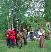 В Асиновском районе в преддверии праздника Святой Троицы прошел фольклорный фестиваль